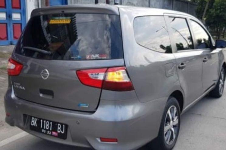 Nissan Grand Livina Sv 1.5 M/T