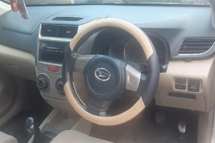 Daihatsu New Xenia 1.3 x Mt