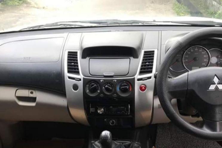 Mitsubishi Pajero Glx 4x4 M/T