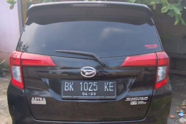 Daihatsu Sigra 1.2 R