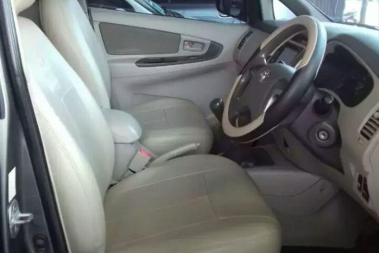 Toyota Innova g Manual Diesel