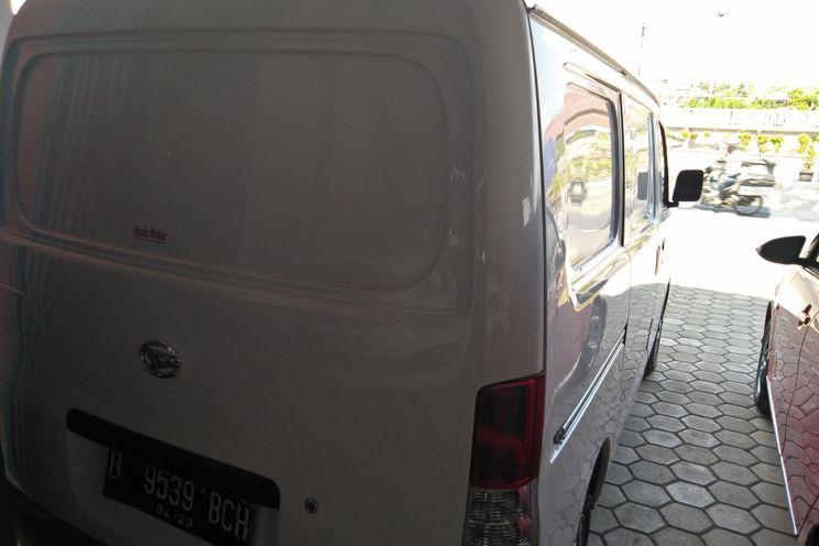 Daihatsu Gran Max Blind Van 1.3std