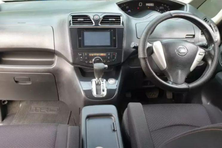 Nissan Serena Highway