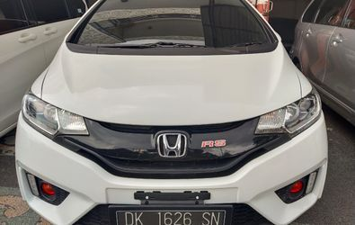 HONDA NEW JAZZ RS 1.5 M/T