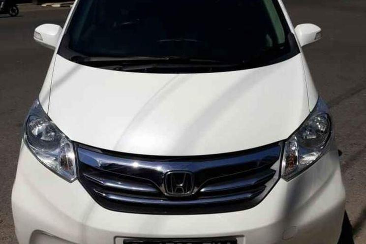 Honda Freed 1.5 A/T