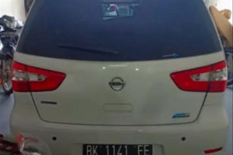 Nissan Grand Livina Xv 1.5 A/T
