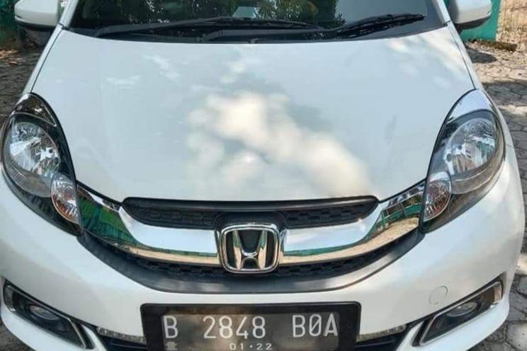 Honda Mobilio e A/T