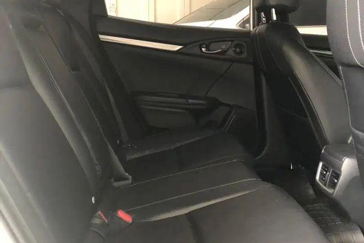 Honda Civic Hb 1.5 e Cvt Trd