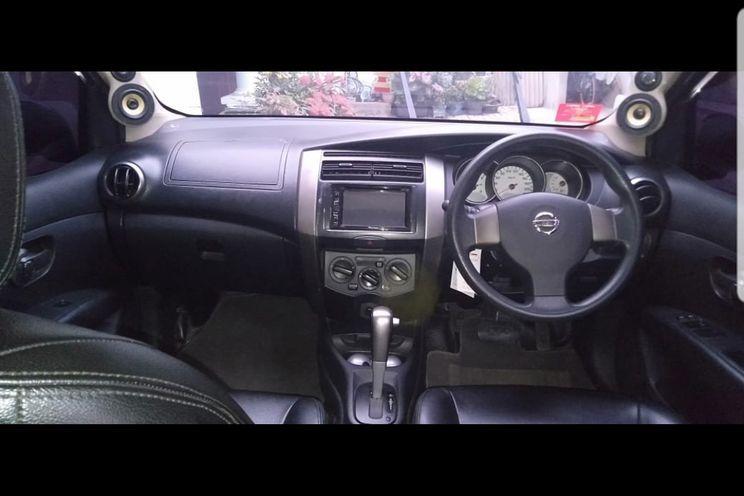 Nissan Grand Livina 1.5 A/t Xv