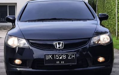 HONDA CIVIC 1.8 L AT