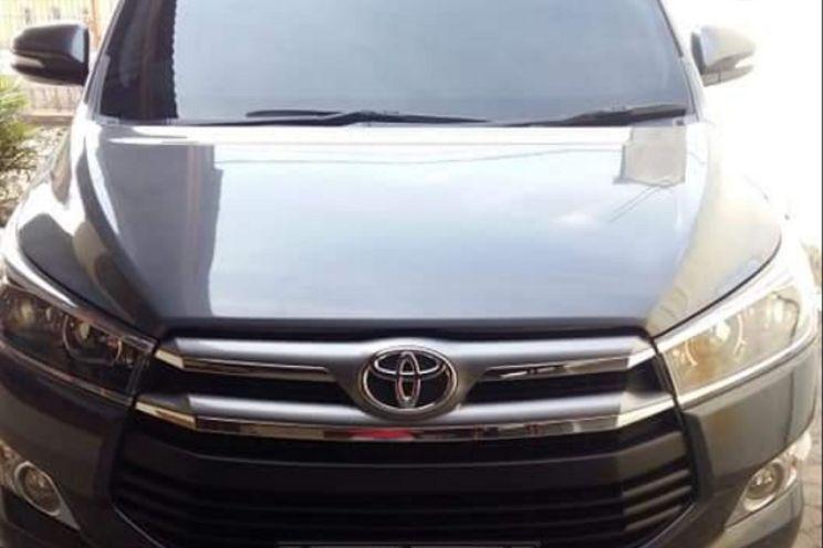 Toyota Innova v Manual Bensin