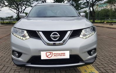 NISSAN X TRAIL 2.0 AT CVT