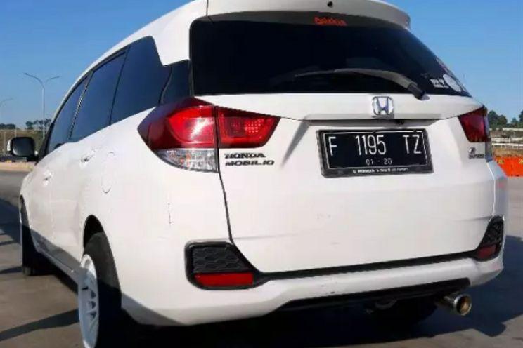 Honda Mobilio e M/T