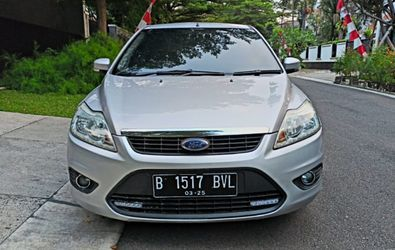 FORD FOCUS 1.8S A/T