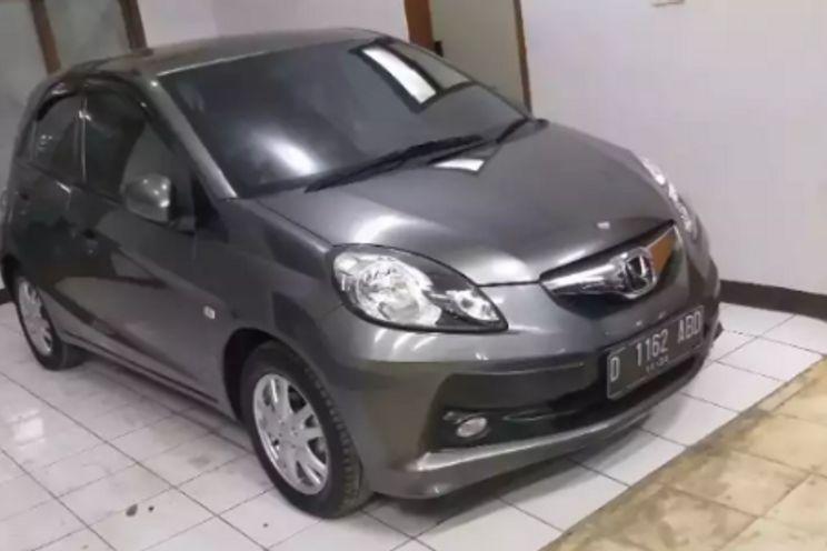 Honda Brio e M/T