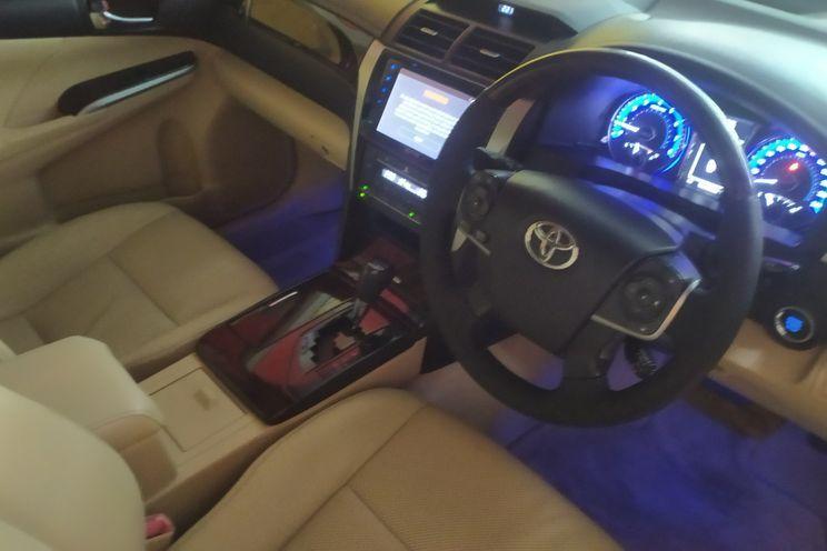 Toyota Camry v 2.4 A/T