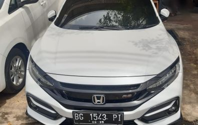 HONDA CIVIC HB 1.5 RS CVT