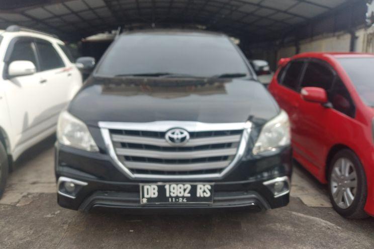 Toyota Innova g Luxury A/T