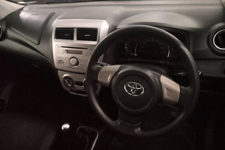 Toyota Avanza g 1.3 M/T