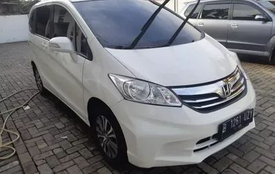 HONDA FREED 1.5 A/T