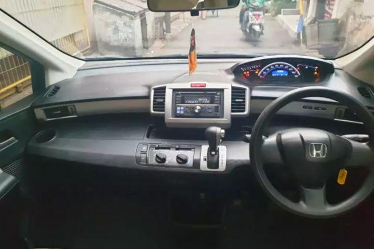 Honda Freed s A/T