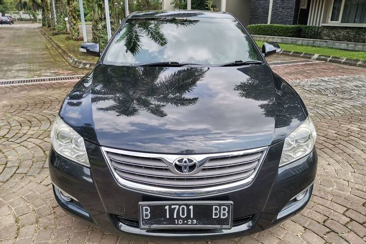 Toyota Camry q 3.5 A/T