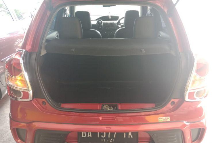 Toyota Etios Valco 1.2 J Mt