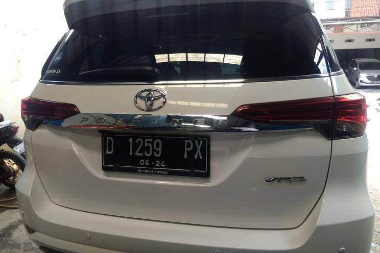 Toyota Frtnr 2.4 Vrz 4x2 At