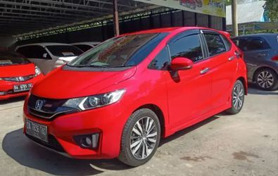 HONDA NEW JAZZ RS 1.5 A/T