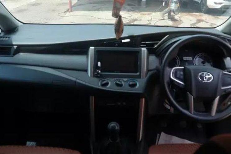 Toyota Innova g Manual Bensin