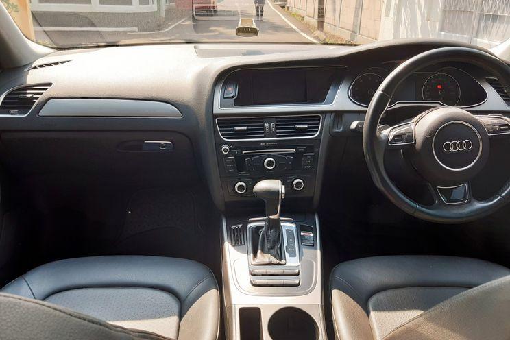 Audi Audi A4 1.8 At