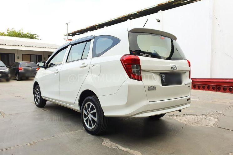 Daihatsu Sigra 1.0 d Mc