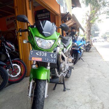 Jual Motor Bekas Kawasaki Ninja R Tahun 2015 196431 Momotor Id