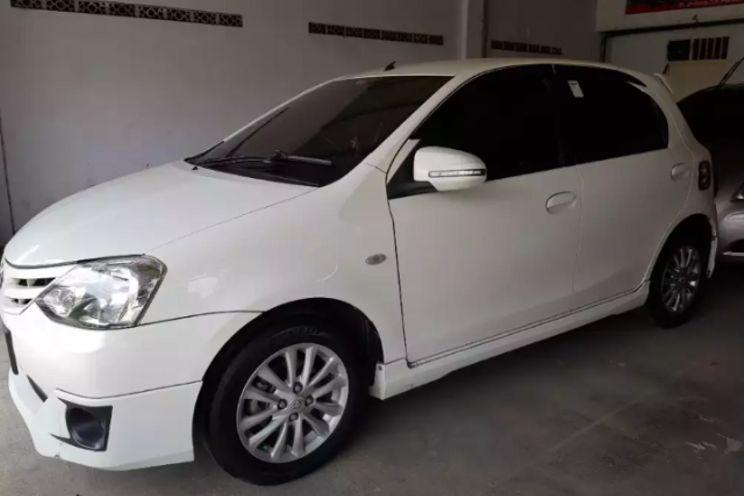 Toyota Etios Valco g 1.2 j Mt